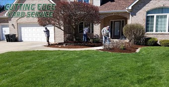 springfield il lawn crew professionals doing springfield illinois lawns